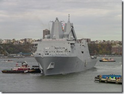 El USS New York atracando en el puerto del que toma su nombre